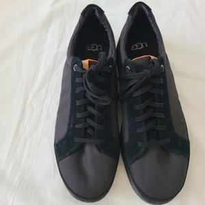 Other - Nwob Men's Ugg fashion sneakers sz 10